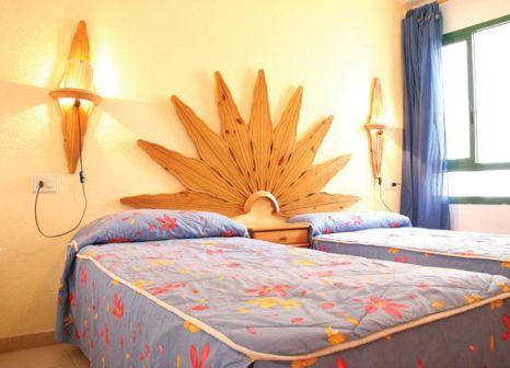 Hotelzimmer mit Mountainbike im Alondras Park