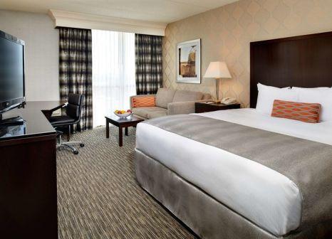 Hotelzimmer mit Fitness im Doubletree Detroit Dearborn
