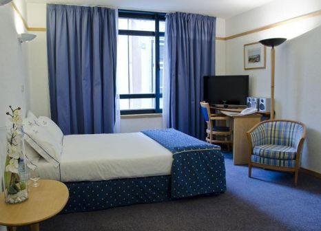 Hotelzimmer mit Clubs im VIP Executive Éden Aparthotel