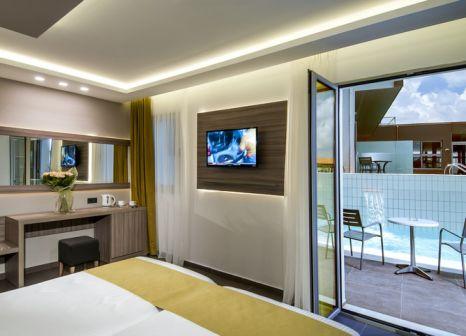 Hotelzimmer mit Tischtennis im allsun Hotel Carolina Mare