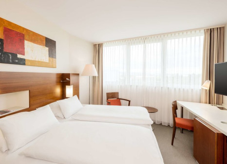 Hotelzimmer im NH Frankfurt Niederrad günstig bei weg.de