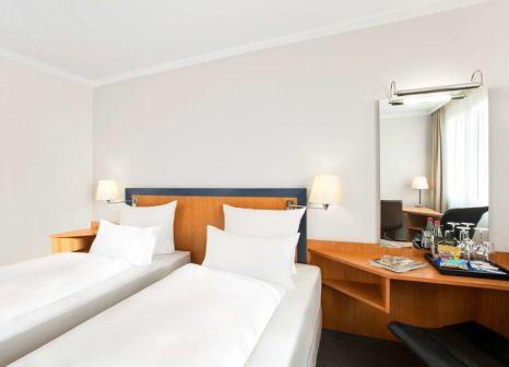 Hotelzimmer mit Aerobic im NH Frankfurt Airport West
