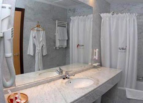 Hotelzimmer mit Fitness im Mercure Bilbao Jardines De Albia