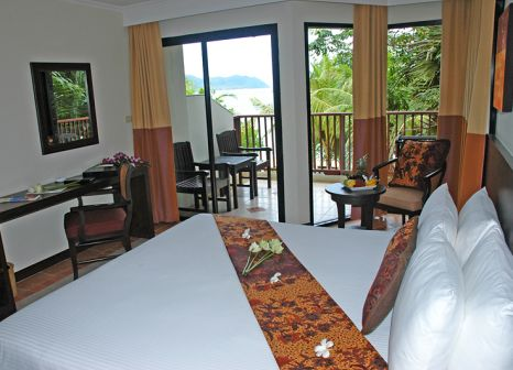 Hotelzimmer mit Volleyball im Panwa Boutique Beach Resort Phuket