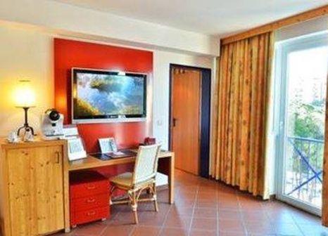 Hotelzimmer mit Animationsprogramm im Rogner Hotel Tirana