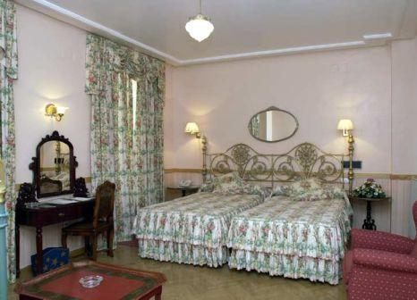 Hotelzimmer mit Aufzug im Dona Maria