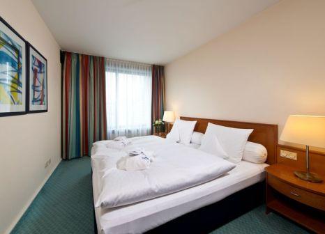 Hotelzimmer mit Mountainbike im Maritim Hotel Frankfurt