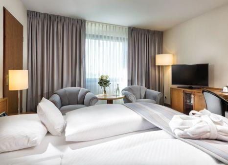 Hotelzimmer mit Pool im Maritim Airport Hotel Hannover