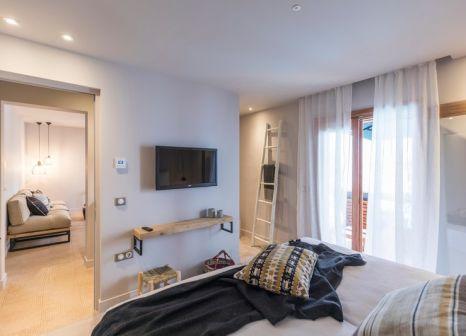 Hotelzimmer mit Mountainbike im Minos Beach Art Hotel