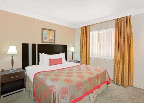 Hotelzimmer mit Pool im Ramada by Wyndham Los Angeles/Downtown West