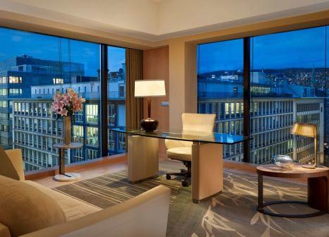 Hotelzimmer mit Kinderbetreuung im Park Hyatt Zürich