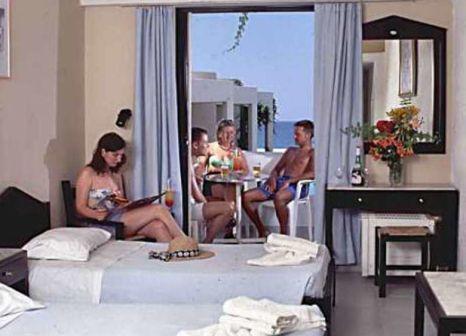Hotelzimmer mit Tischtennis im Eva Bay