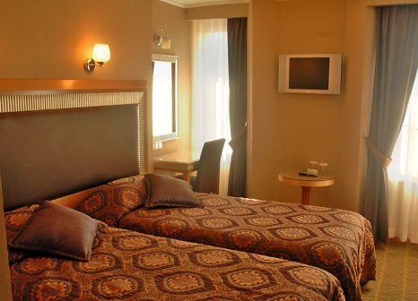 Hotelzimmer mit Hochstuhl im Pierre Loti