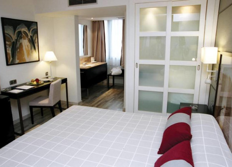 Hotelzimmer mit Clubs im H10 Universitat