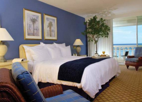 Hotelzimmer mit Volleyball im Curacao Marriott Beach Resort & Emerald Casino
