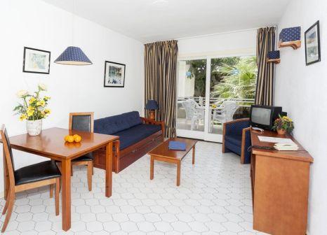 Hotelzimmer mit Tischtennis im Apartamentos Roc Portonova