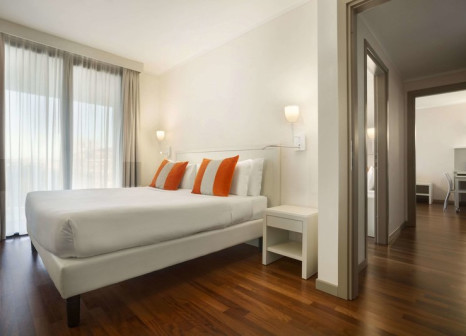 Hotelzimmer mit Tischtennis im Ramada Plaza Milano