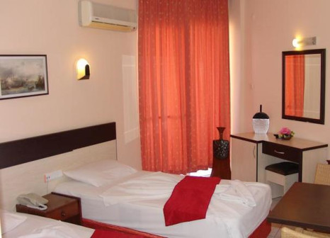 Hotelzimmer mit Mountainbike im Kleopatra Ikiz
