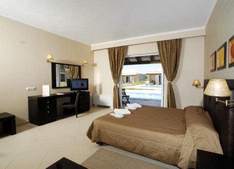 Hotelzimmer mit Mountainbike im Olympia Golden Beach Resort & Spa