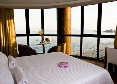 Hotelzimmer mit Hochstuhl im PortoBay Rio de Janeiro