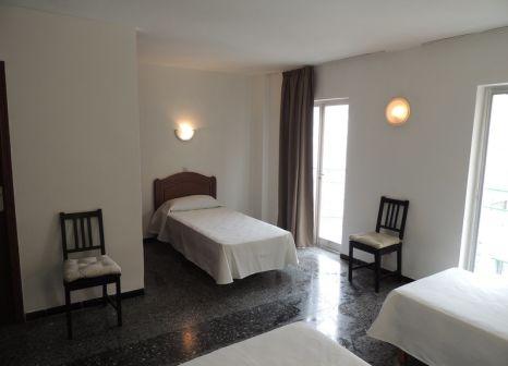 Hotelzimmer mit Mountainbike im Elegance Playa Arenal II