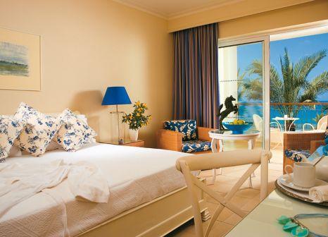 Hotelzimmer mit Yoga im Grecotel La Riviera & Aqua Park