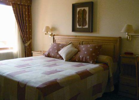 Hotelzimmer mit Mountainbike im Hotel Bosque Mar