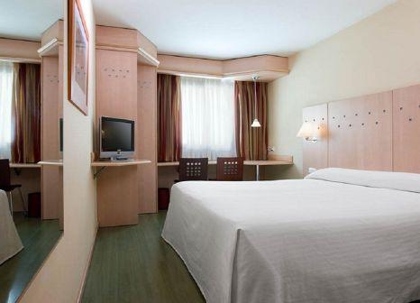 Hotelzimmer mit Klimaanlage im NH Madrid Barajas Airport