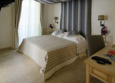 Hotelzimmer mit Tennis im Baia dei Faraglioni