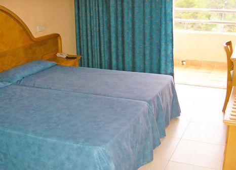 Hotelzimmer mit Mountainbike im Porto Playa I