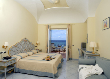 Hotelzimmer mit Yoga im Hotel Terme Tritone