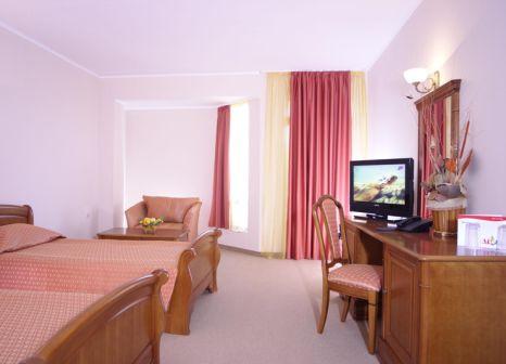 Hotelzimmer mit Golf im Estreya Palace & Residence