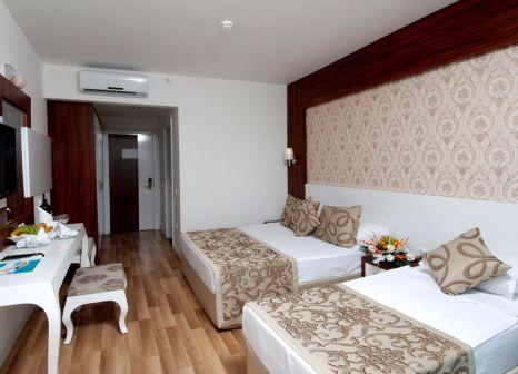 Hotelzimmer mit Volleyball im Maya World Hotel