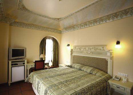 Hotelzimmer mit Pool im Sultanahmet Palace Hotel