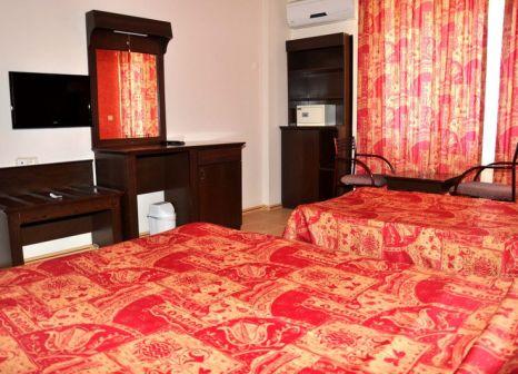 Hotelzimmer mit Tischtennis im Rheme Beach Hotel