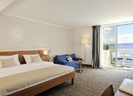 Hotelzimmer mit Mountainbike im Hotel Valamar Sanfior