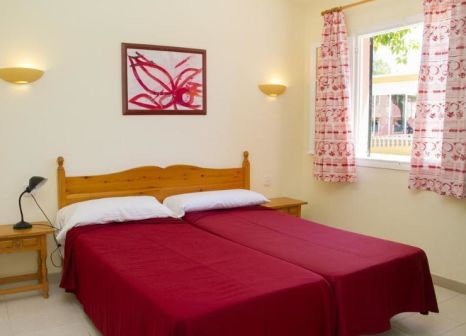 Hotelzimmer mit Mountainbike im Aparthotel Club Andria