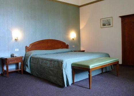 Hotelzimmer mit Clubs im B&B Hotel Napoli