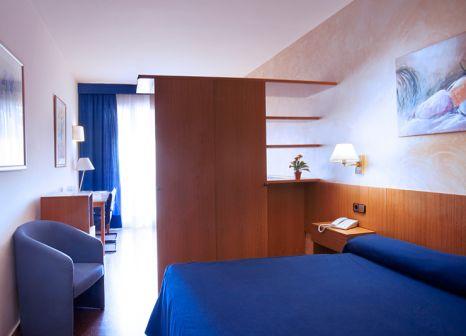 Hotel Atenea Calabria Apartaments in Barcelona & Umgebung - Bild von DERTOUR