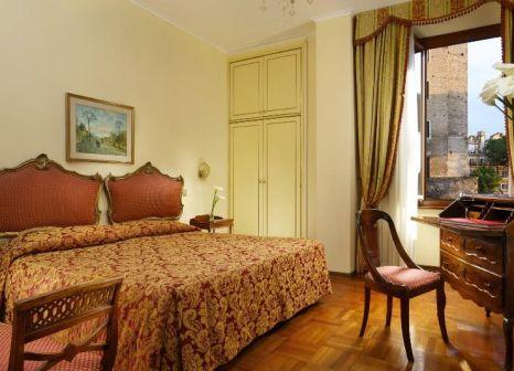 Hotelzimmer mit Hochstuhl im Forum Roma