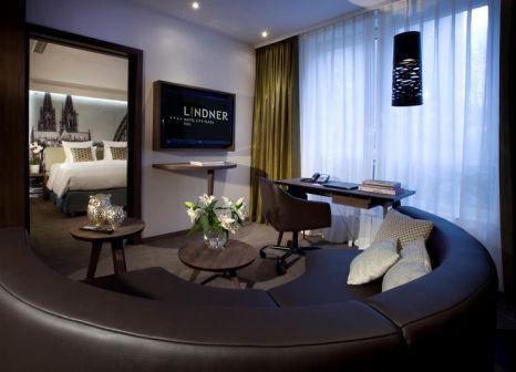 Hotelzimmer mit Hallenbad im Lindner Hotel City Plaza