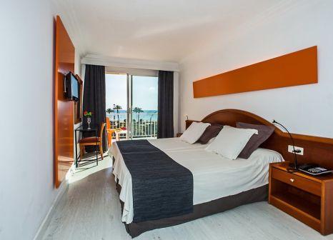 Hotelzimmer mit Golf im Hotel Sant Jordi
