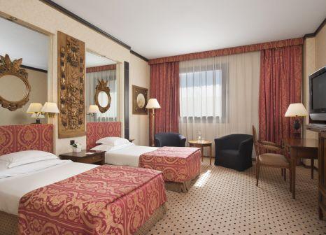 Hotelzimmer mit Hallenbad im Meliá Milano