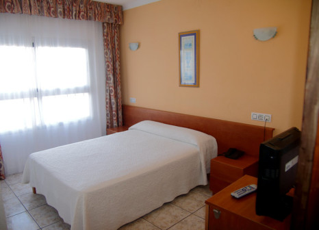 Hotelzimmer mit Golf im Hotel Tropical Ibiza
