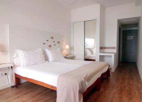 Hotelzimmer mit Volleyball im La Carabela