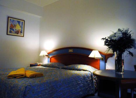 Hotelzimmer mit Volleyball im Melissi Beach