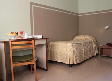 Hotelzimmer mit Klimaanlage im Hotel Plaza