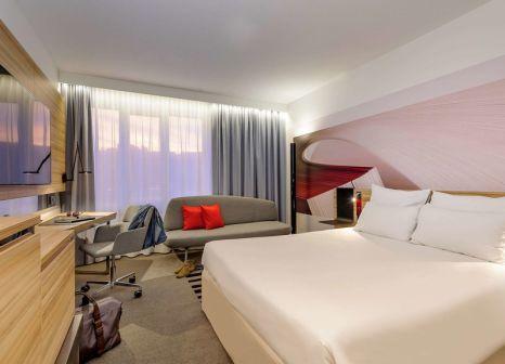 Hotelzimmer mit Animationsprogramm im Novotel Köln City