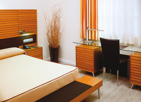 Hotelzimmer mit Pool im Hotel Astoria