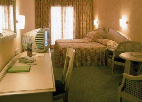 Hotelzimmer mit Aerobic im Lleo